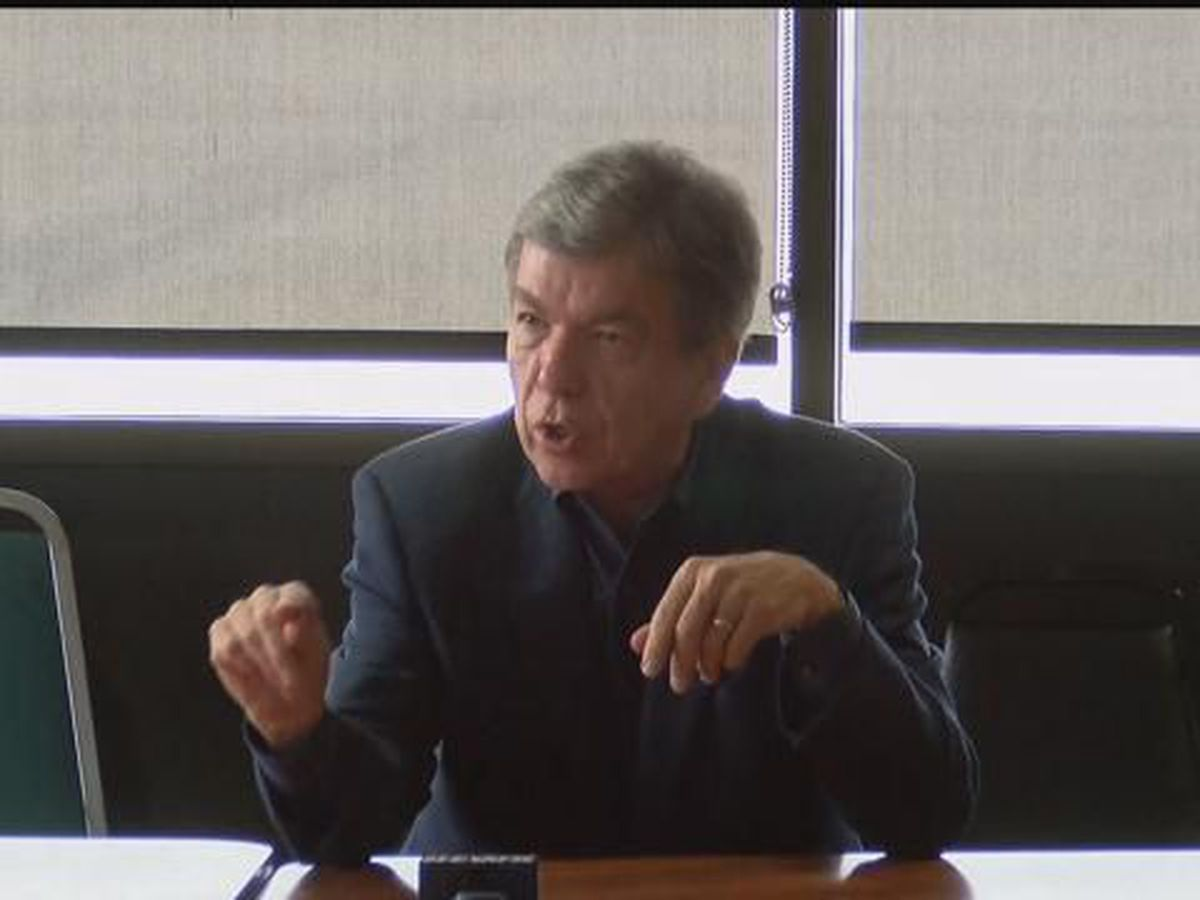 Senator Blunt in Poplar Bluff, MO discussed opioid epidemic