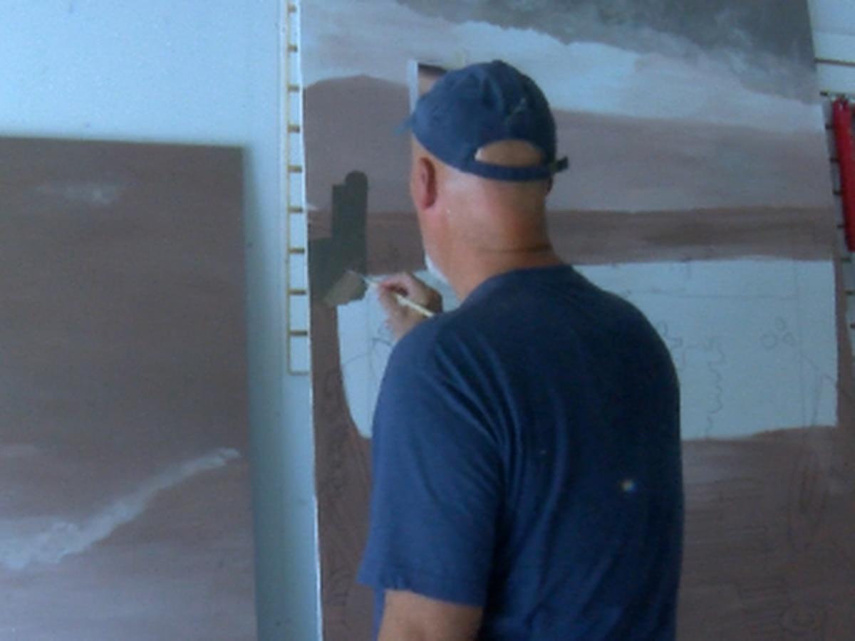 Heartland artist paints mural for the Herrin American Legion