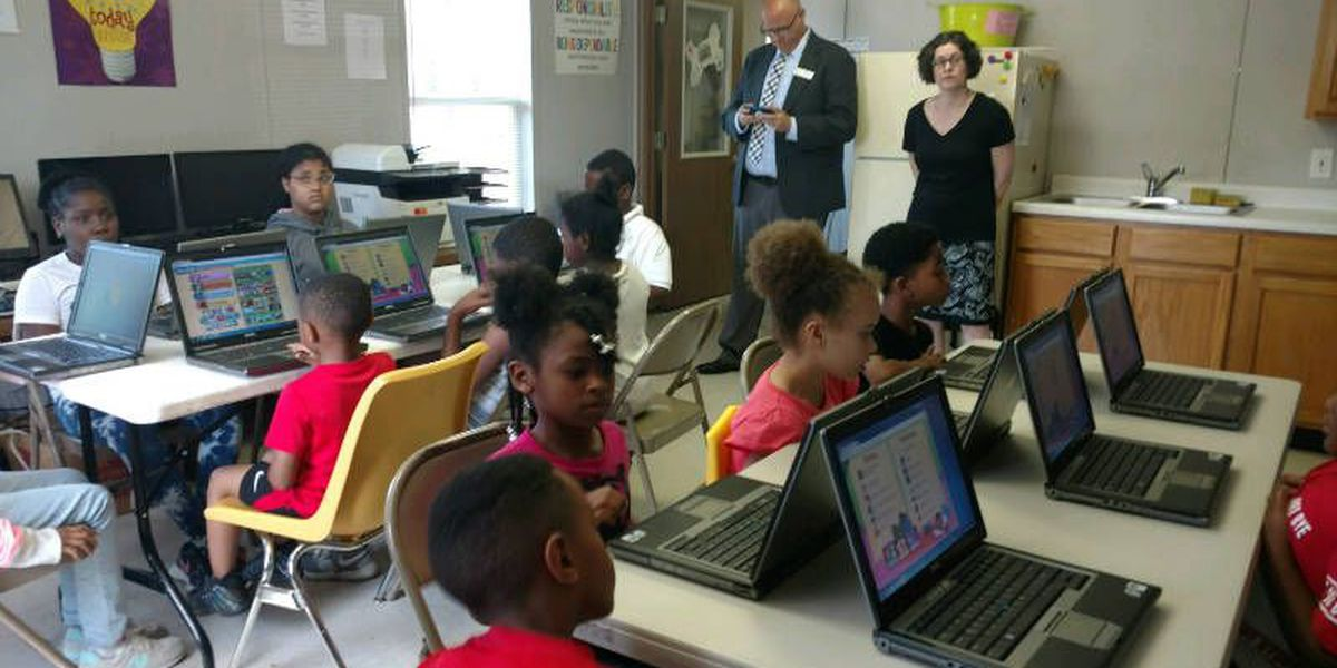 I CAN READ! program receives 18 donated computers from IEA