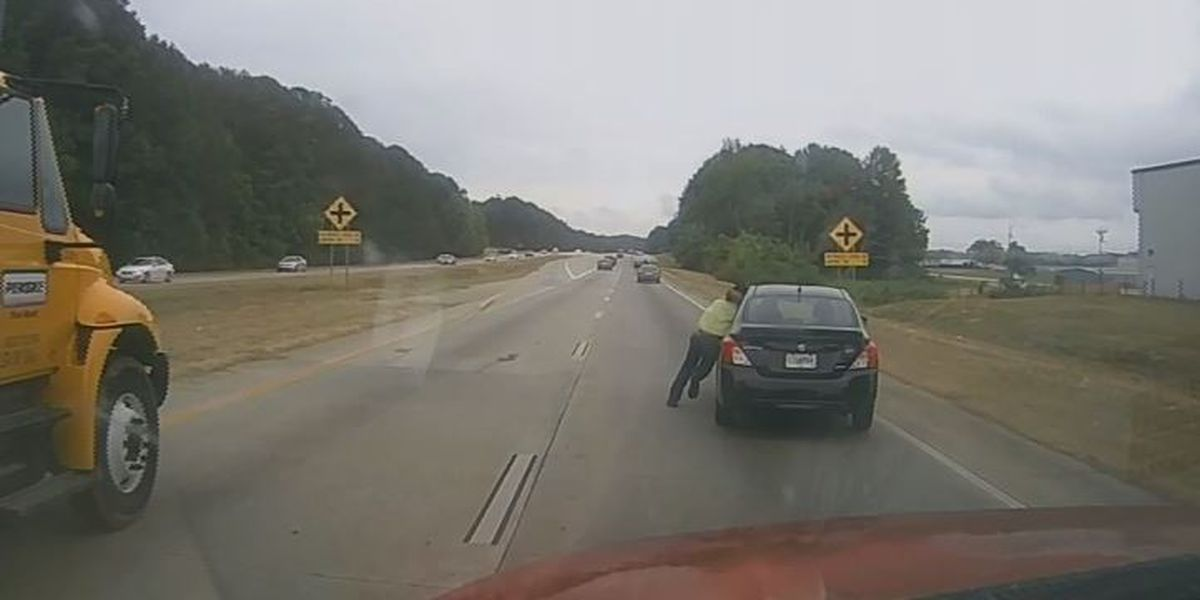 Man, 18, dragged down Georgia highway in alleged road rage incident