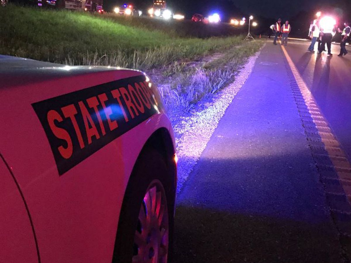 1 adult, 4 children killed in crash in central MO