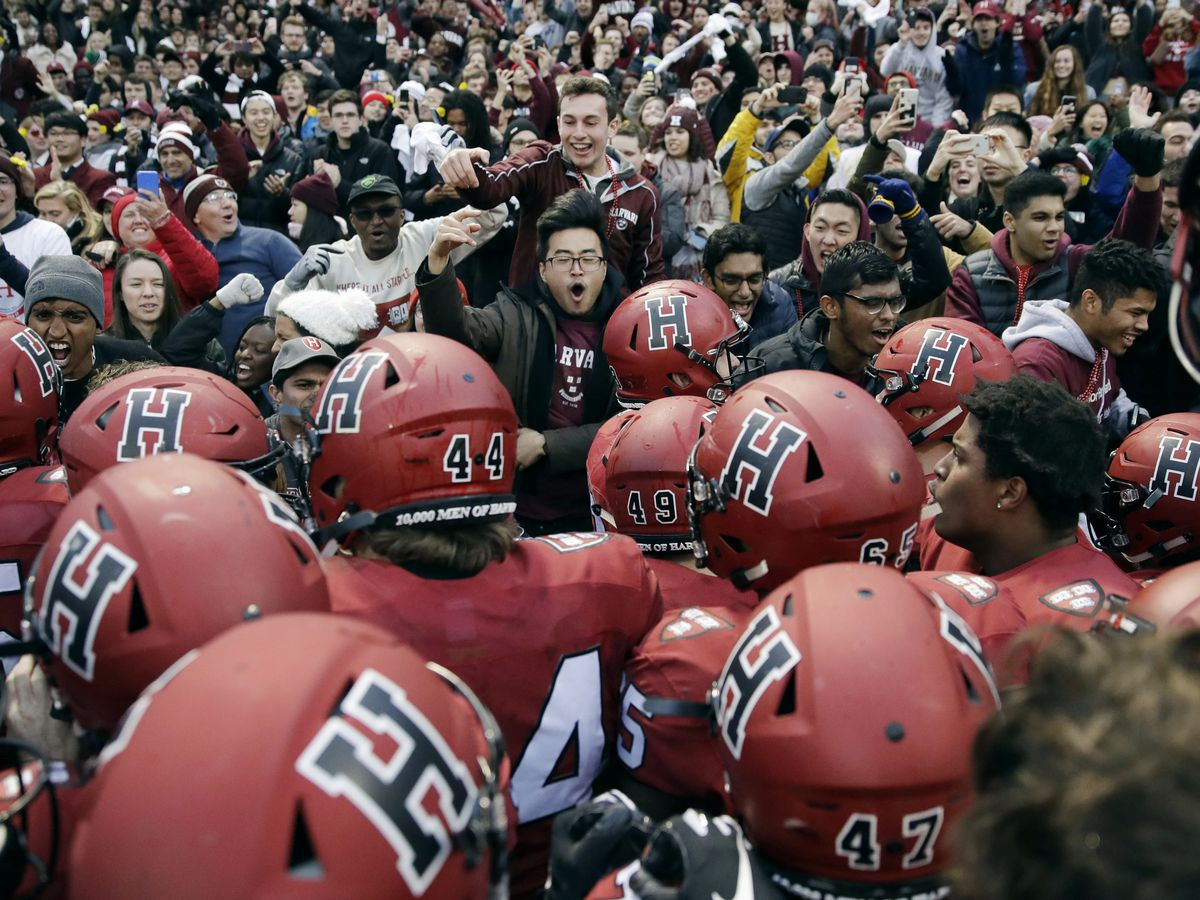 AP Source: Ivy League calls off fall sports due to outbreak
