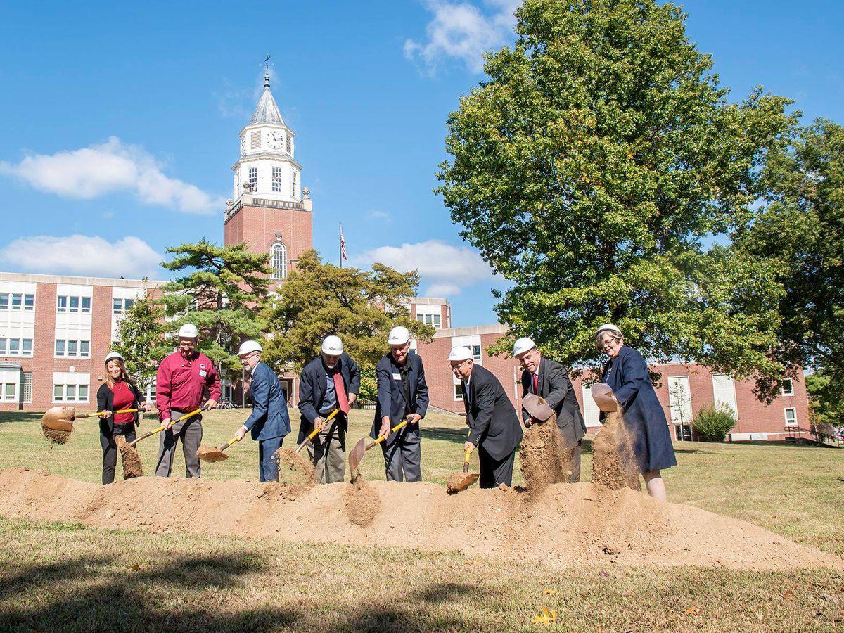 Groundbreaking for Saluki Alumni Plaza held Thursday
