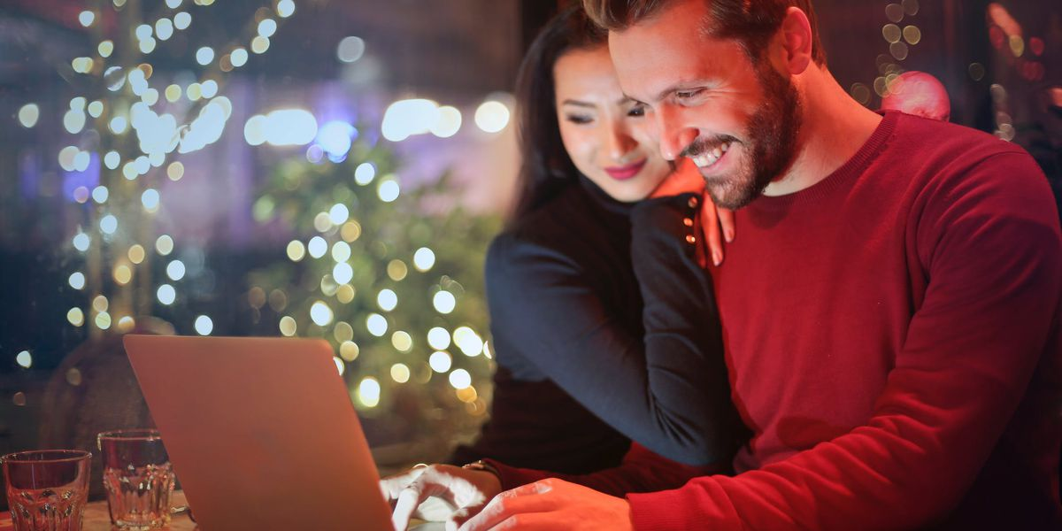 Study: 95 percent of Americans do most holiday shopping online