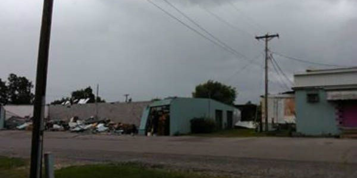 Roof caves in on building in Dexter, MO during storm