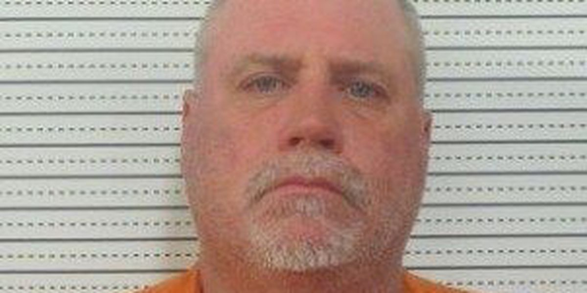 Scott County man accused of assaulting officer
