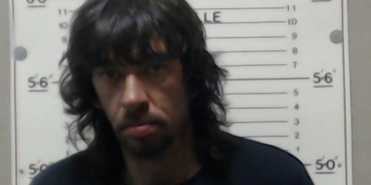 2 arrested on drug charges in Perryville