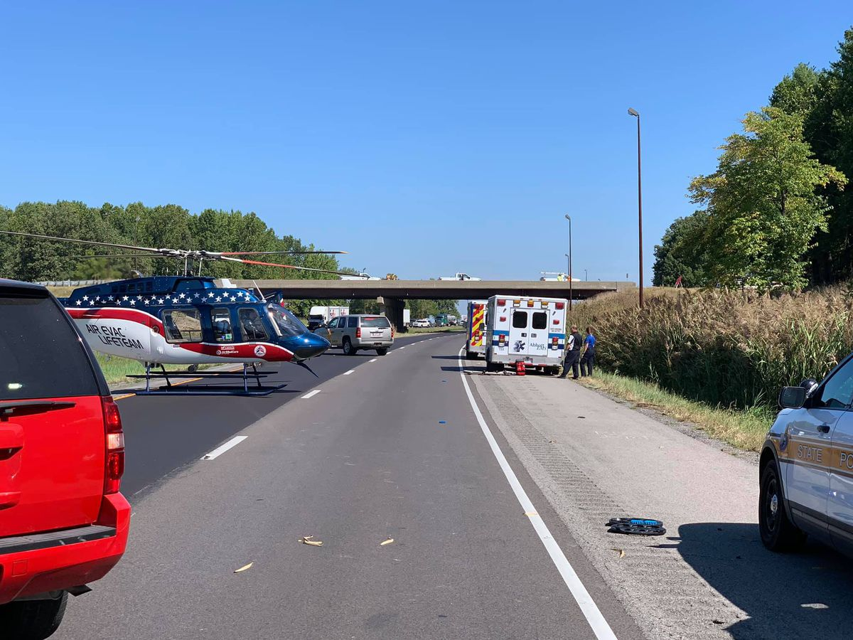 3 in vehicle, 2 flown from crash scene on I-57 ramp in Franklin Co., Ill., all lanes open