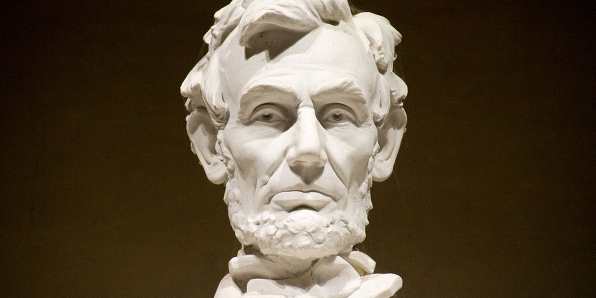 Lincoln portrait to be presented at Saline, Williamson Co. courthouses