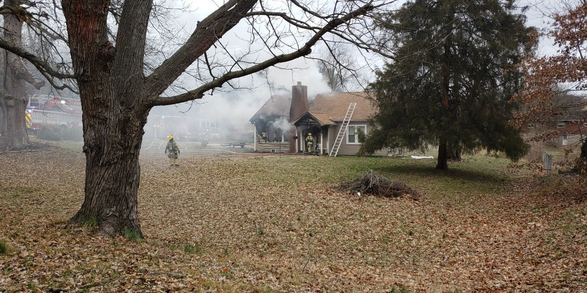 Crews respond to house fire in Cape Girardeau, Mo.