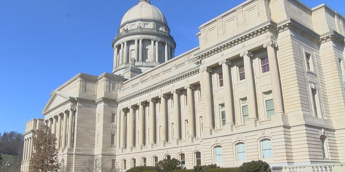 Kentucky lawmakers advance fetal heartbeat abortion bill
