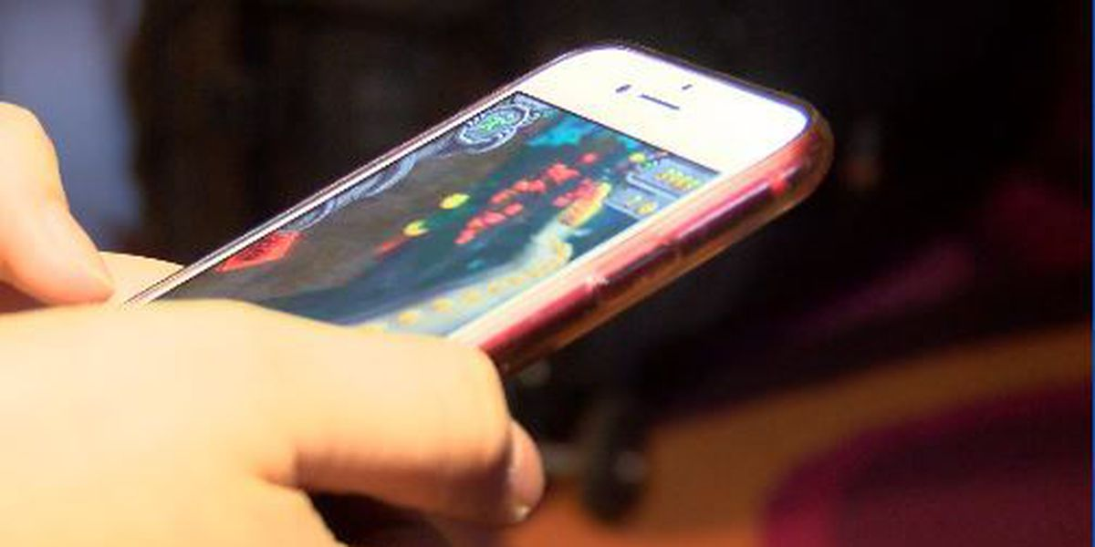 Children & smartphones: What are the risks?