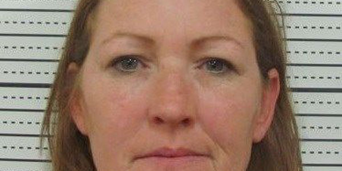 Sikeston woman arrested after allegedly beating man with baseball bat