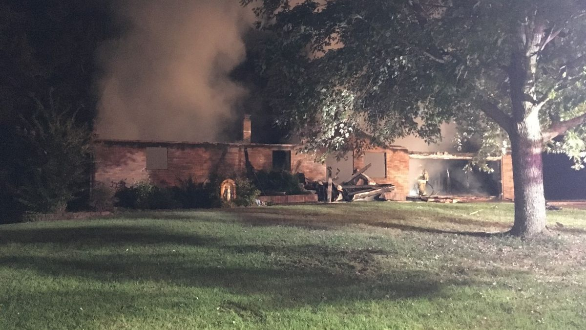 Roof collapses in early morning Millersville, Mo. house fire
