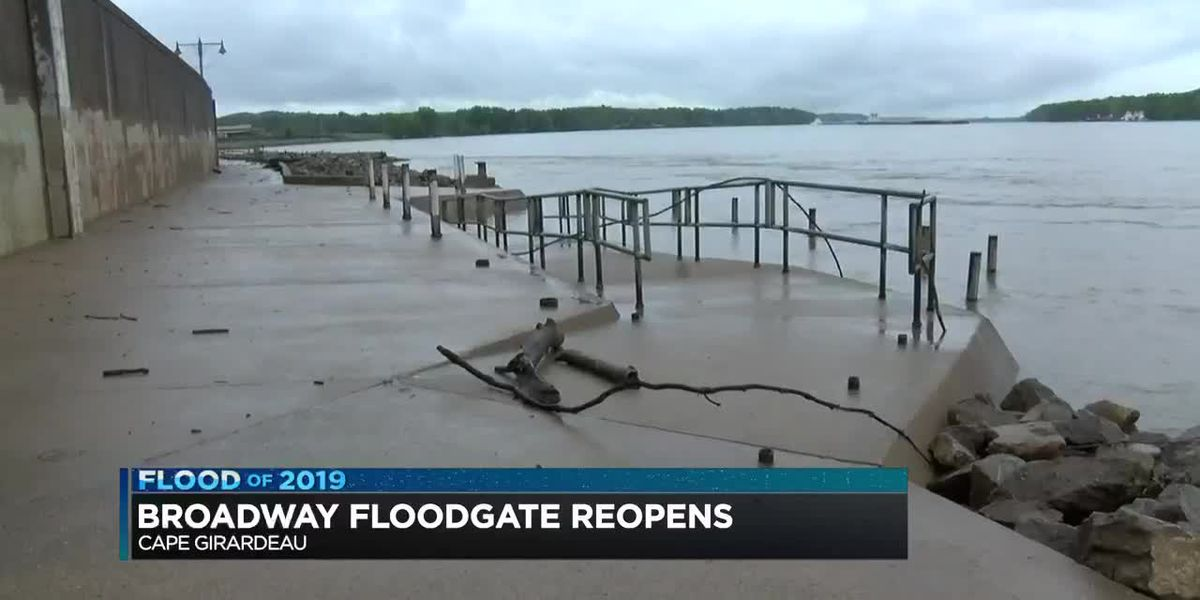 Wait is over for folks in Cape Girardeau as Broadway floodgate opened
