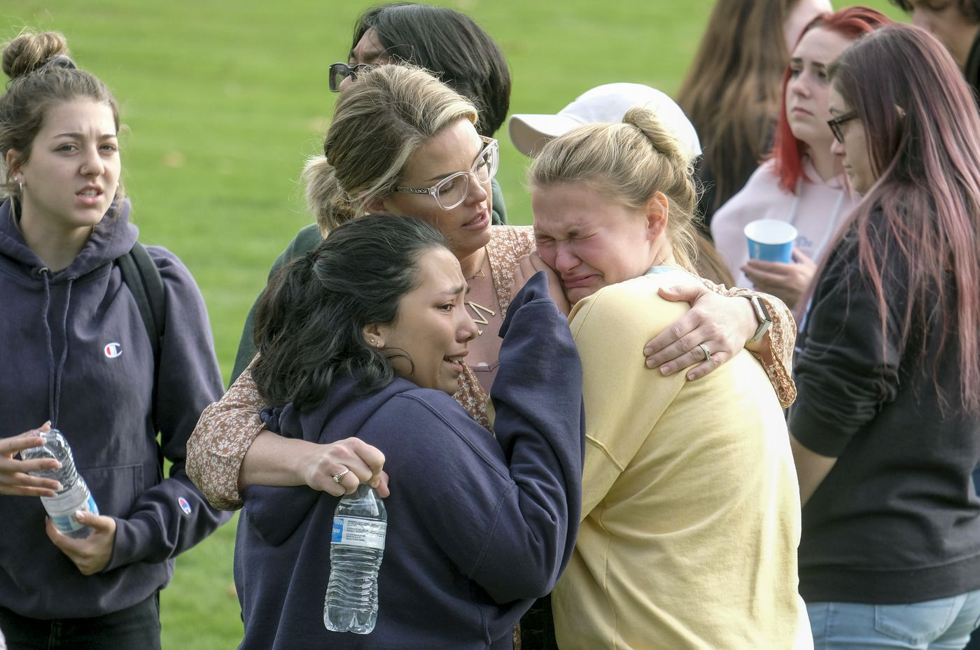 2 killed in Southern California school shooting; suspect in grave condition