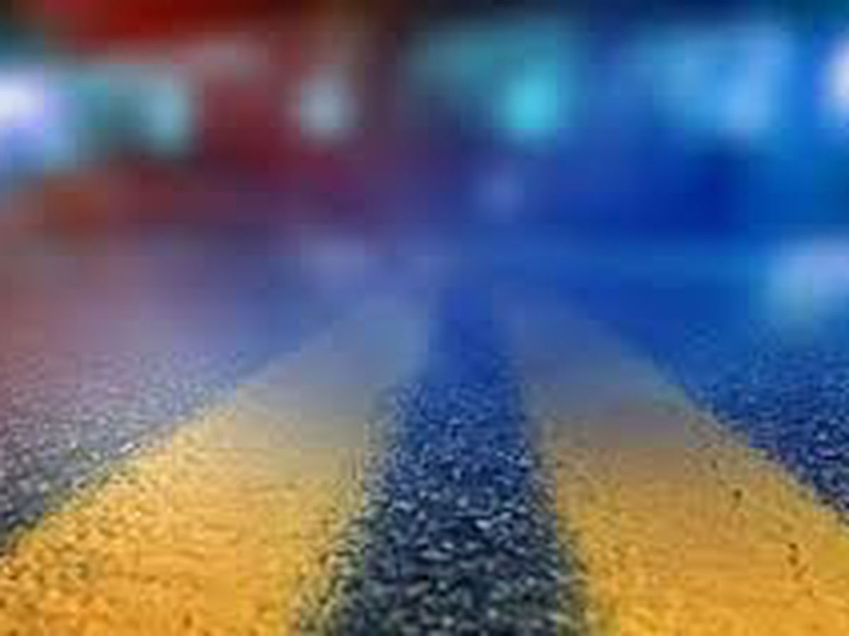 I-24 eastbound restricted to one lane due to crash