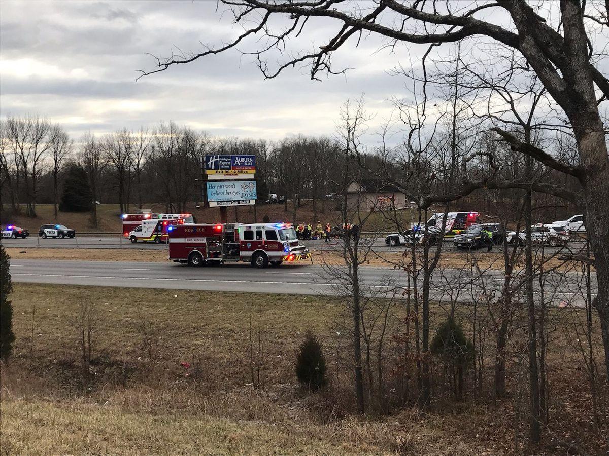 2 dead after crash on southbound I-55 at 98mm