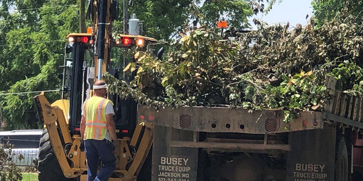 Jackson church feeds storm clean-up crews snacks