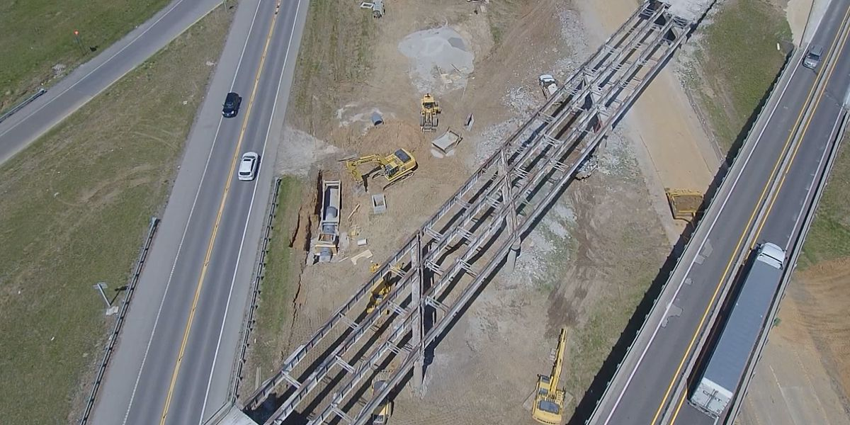Route 61 near I-55 closed for center junction project