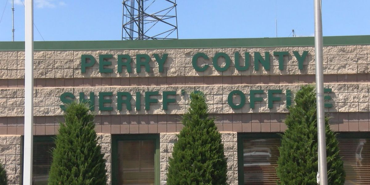 Jail in Perry County disables comments on Facebook page