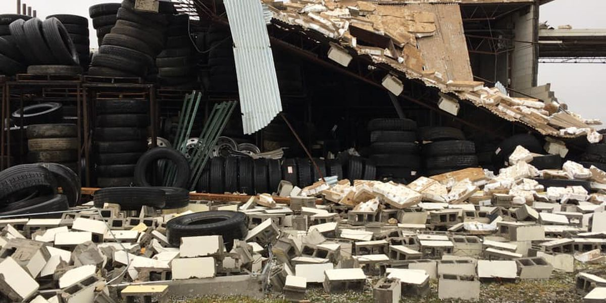 Severe weather causes damage throughout the Heartland