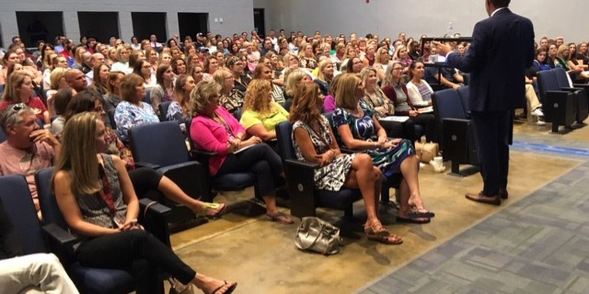 National educational speaker visits with 5 Heartland schools to kick off school year