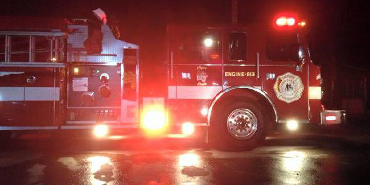 Cooking fire displaces two from Carbondale apartment building
