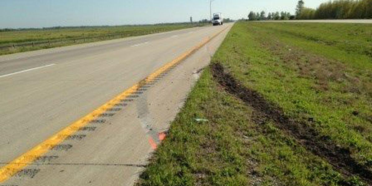 2 dead, 7 injured in crash on Interstate 57