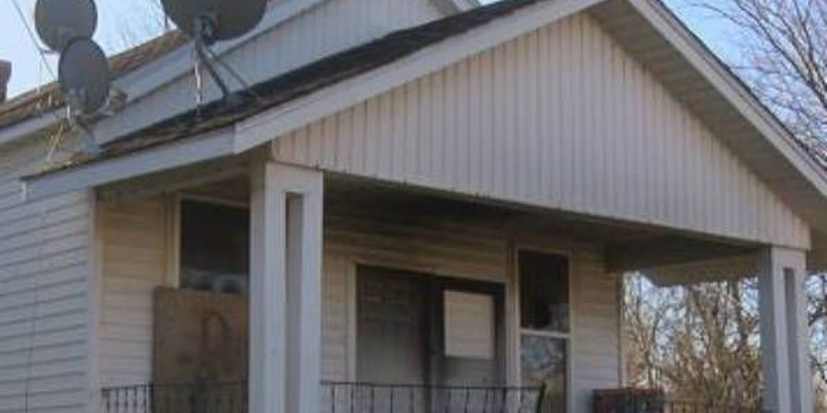 Family of 5 escapes Cairo, IL house fire caused by space heater