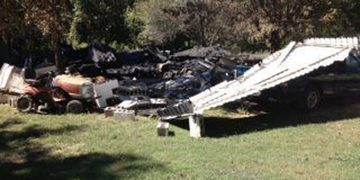 1 dead, 4 severely injured in house explosion