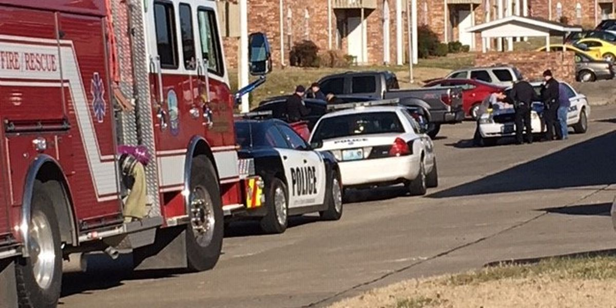 1 person shot at apartment complex in Cape Girardeau, Mo.
