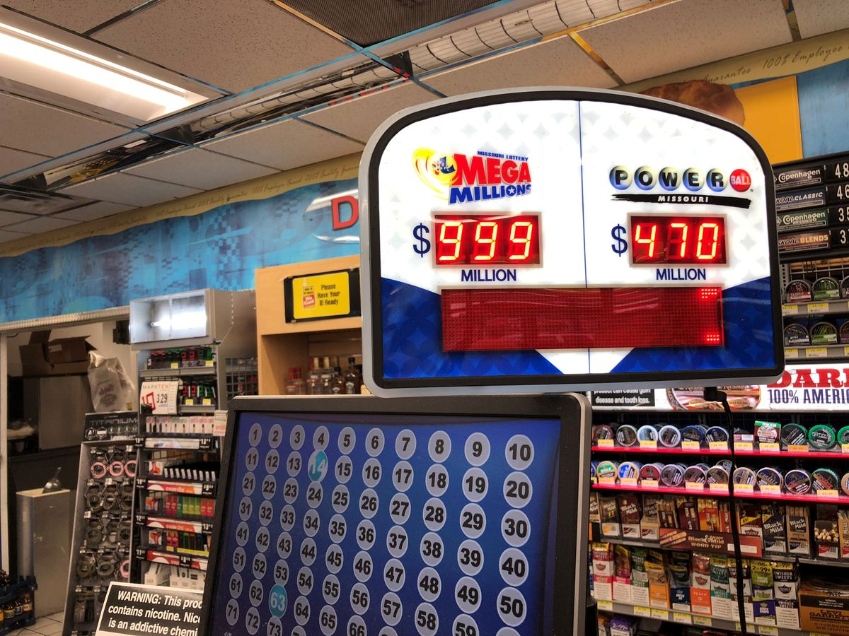 Mega Millions jackpot craze hits the Heartland
