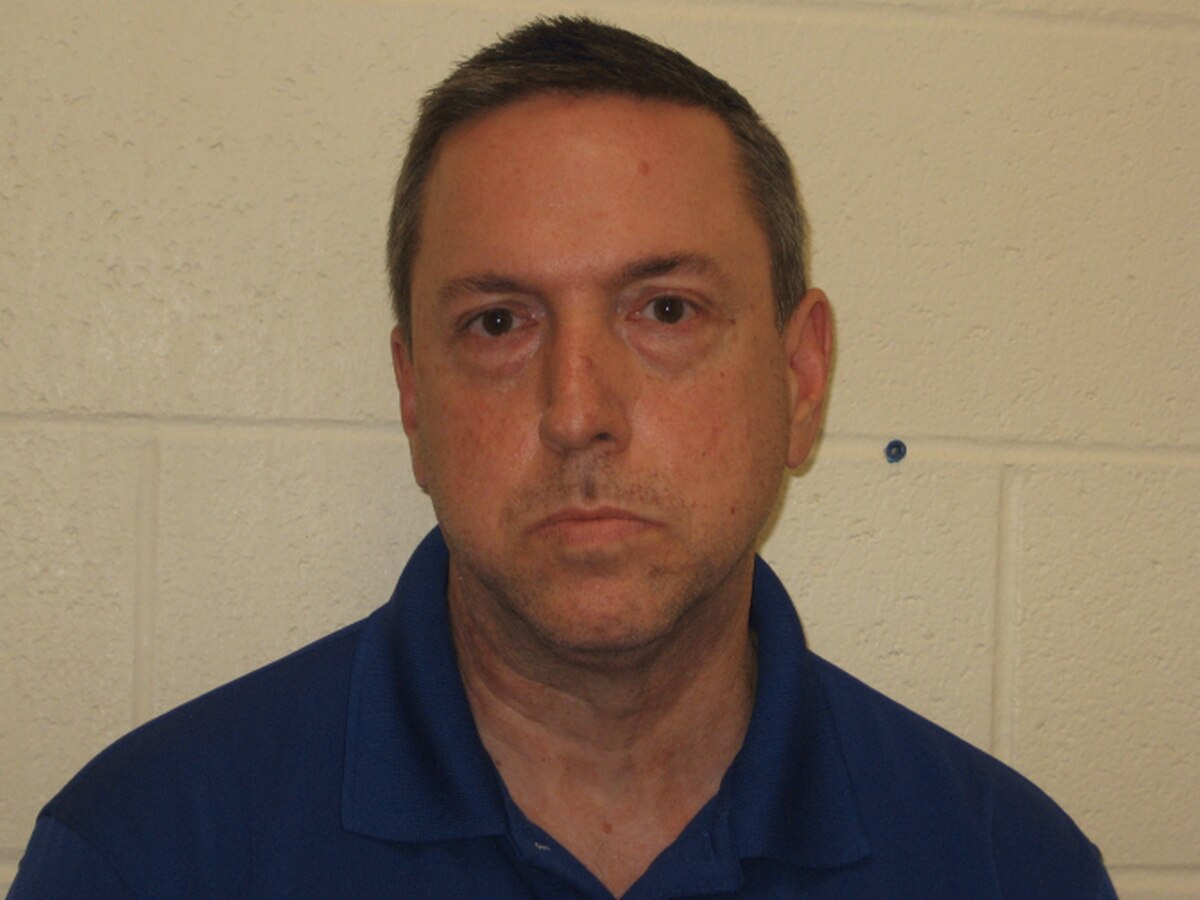 Former Thompsonville, Ill. principal arrested on grooming charges