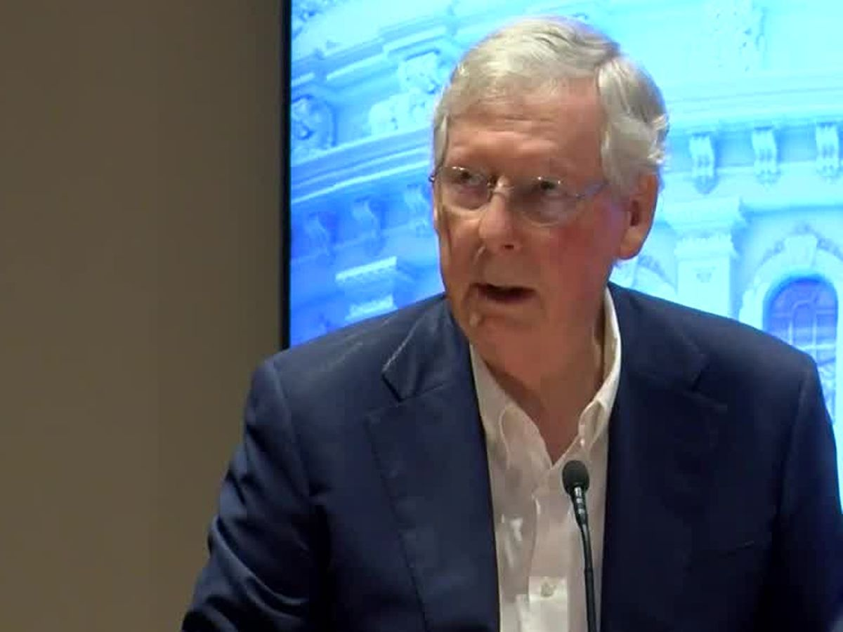 Sen. McConnell stops in western Ky.