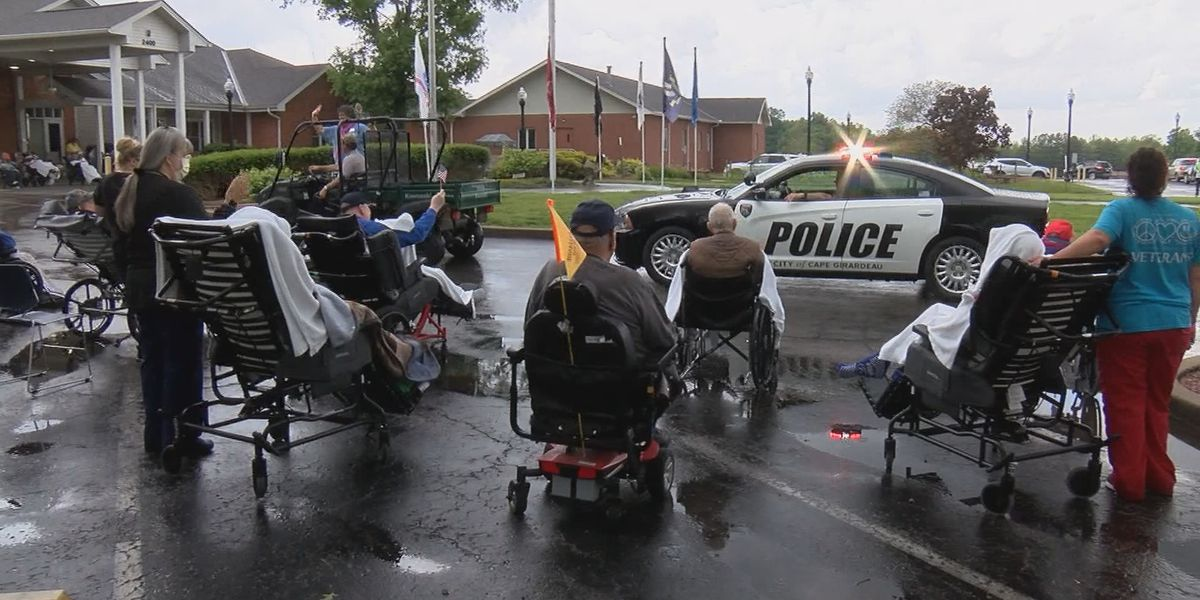 Parade honored veterans at Mo. Veterans Home in Cape Girardeau