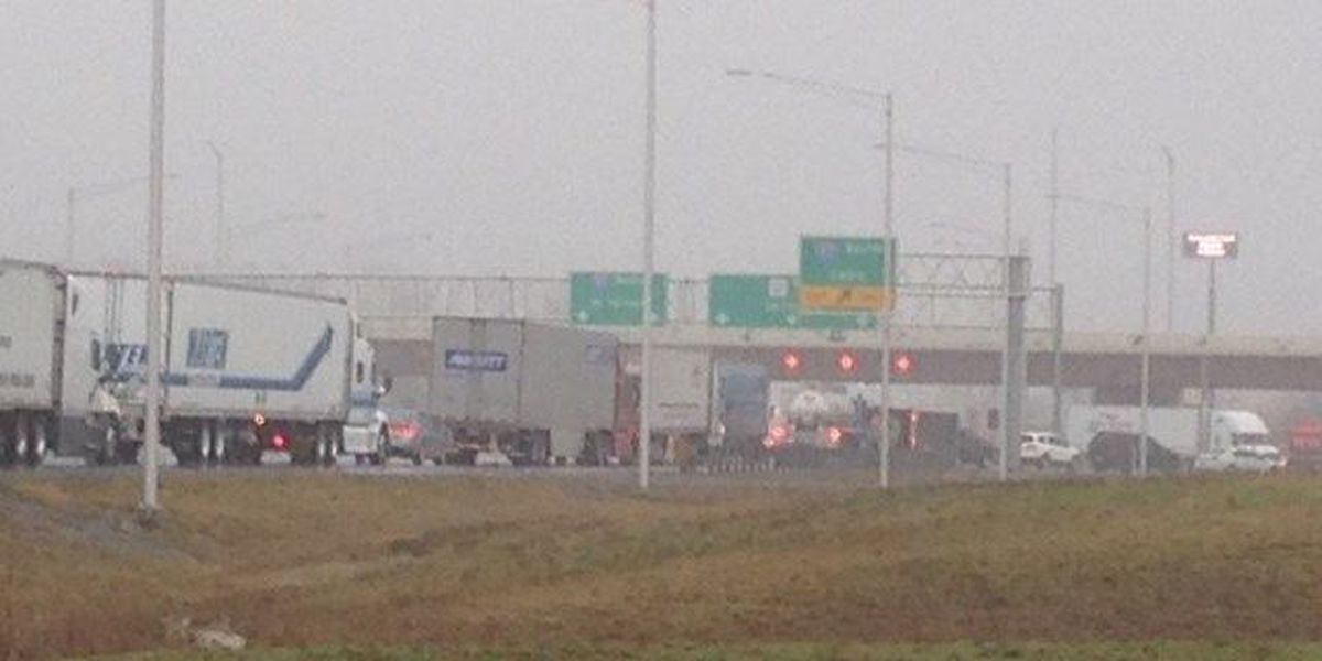 Multiple crashes tied up traffic on I-57 in Williamson Co.