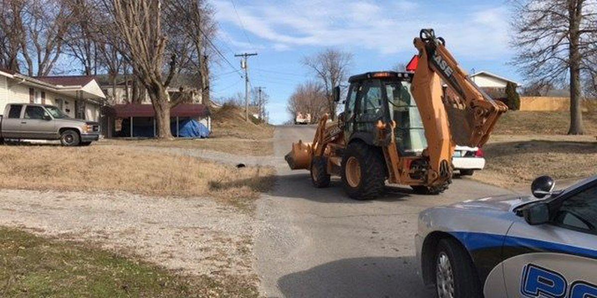 Crews respond to natural gas leak in Scott City