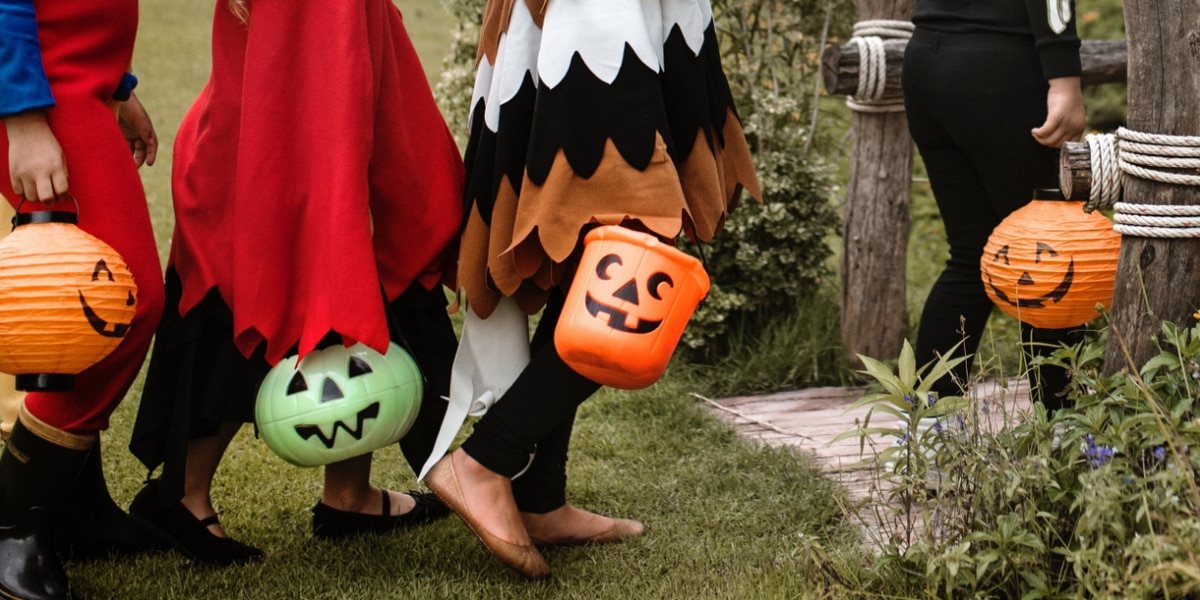 Choose healthy trick-or-treat options this Halloween