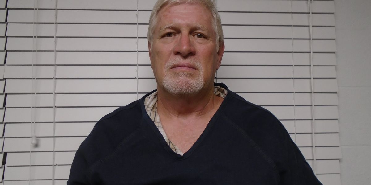 Missouri man accused of dragging horse behind truck