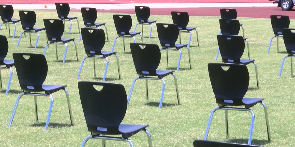 Heartland high schools prepare for more normal graduation ceremonies