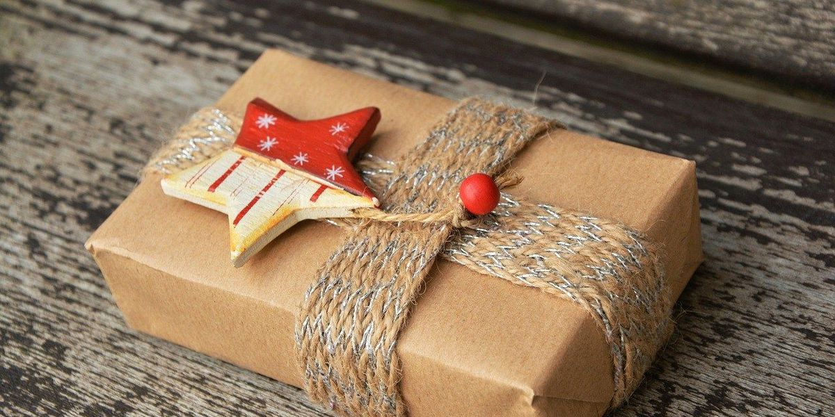 Figuring out just how much you should spend on gifts