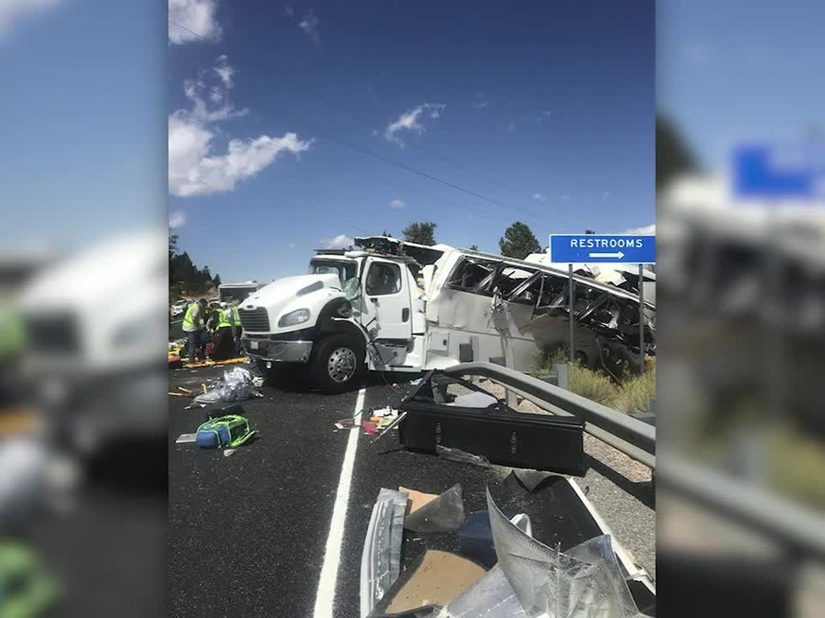 Tour bus crash near national park in Utah kills 4, officials say