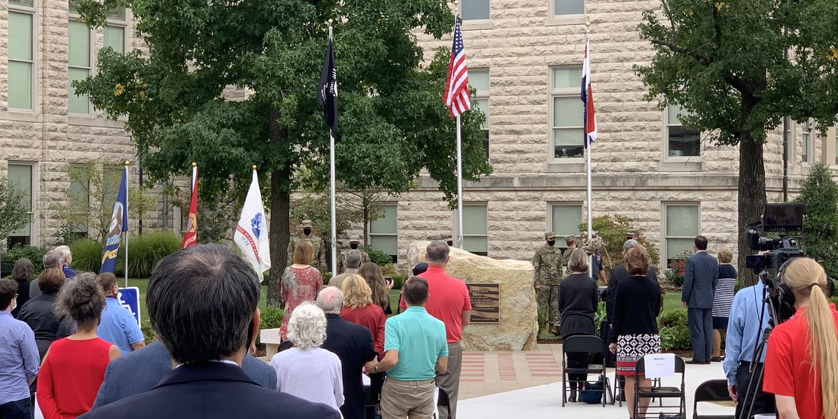 Dedication held for Veterans Plaza at Southeast Mo. State University