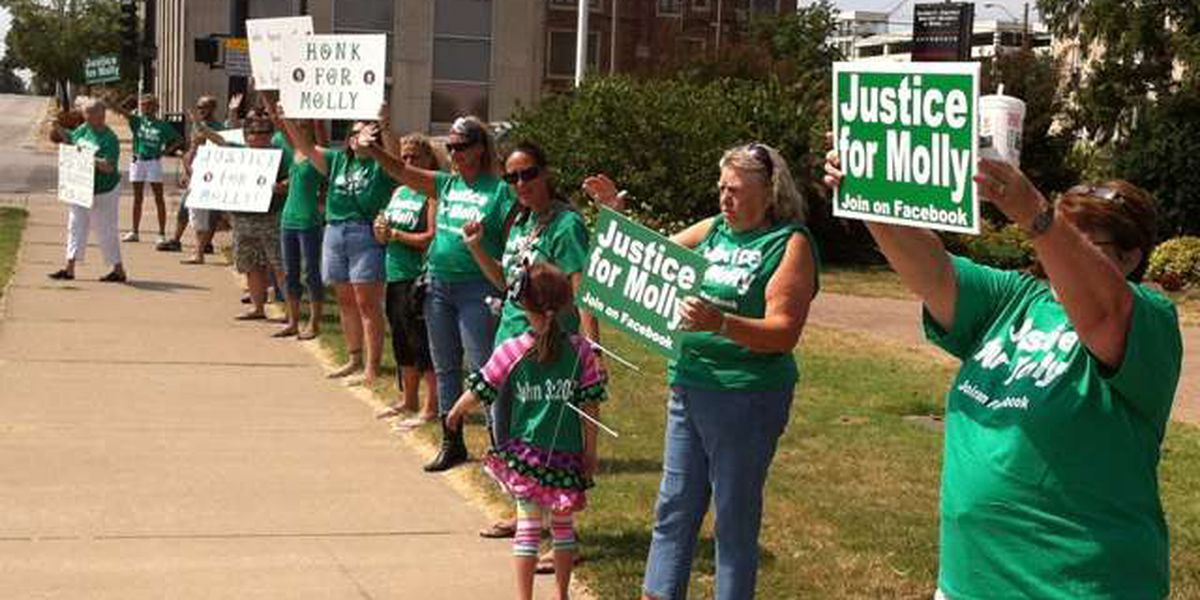 'Justice for Molly' protest held in Carbondale