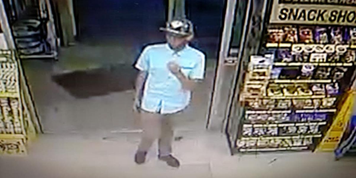 Vienna, IL police attempt to identify two men accused of retail theft