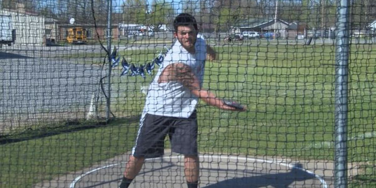Deaf East Prairie discus thrower doesn't let impairment stop his pursuit of dreams