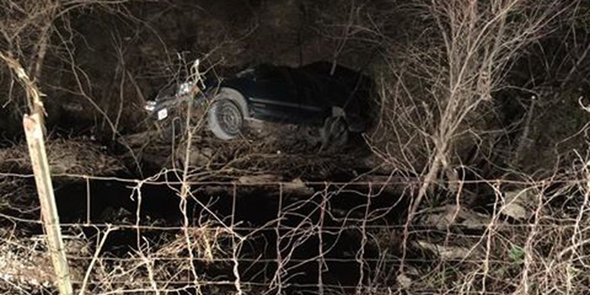 4 people injured in single-car crash in Scott Co., MO