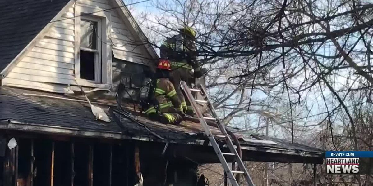 Firefighter injured in Cape Girardeau house fire