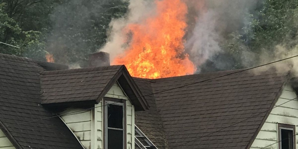 Firefighters respond to house fire in Scott City, Mo.